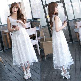 Hochwertiges Weißes Midi Kleid Online Großhandel Vertriebspartner