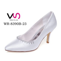 Wholesale Ivory Satin Rhinestone Kitten Heel - Ivory Color 8cm Heel Pump Delicate Style Pointy Shoe Bridal Shoe Wedding Dress Shoes Handmade Shoes for Wedding From Size35-42 Free Shipping