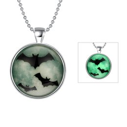 Wholesale Black Bat Pendant - Silver Plated Black Bat Charms Necklace & Pendant For Men Women Fashion Glowing In The Dark Luminous Halloween Jewelry Christmas Gifts