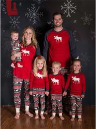 Семья Рождество пижамы мать отец детская одежда олень печати костюм смотреть наряды хлопок с длинным рукавом семейный набор от