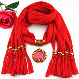 Wholesale Colored Acrylic Circles - Newest Cheap Fashion Lady Scarf Direct Factory Colored Rhinestones Resin Pendant Scarf Necklace Winter Scarf Women Neckerchief