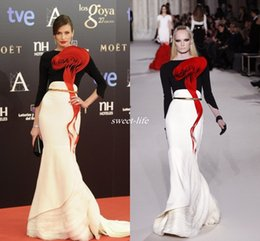 pear flower Promo Codes - Nieves Alvarez Celebrity Dress Stephane Rolland Hand-made Flower 3 4 Long Sleeve Tiers Mermaid Long Evening Party Dresses Custom Made 2019
