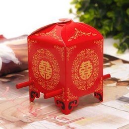 Wholesale Chair Favors - 6*6*9cm Red Bridal sedan chair Sweet box Candy Boxes Novelty Wedding Favors holders Unique Design Chinese Wedding Supplies free shipping