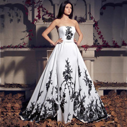 Wholesale Strapless Lace Sheath Wedding Dress - Vintage Black and White Wedding Dresses 2017 Strapless Sheath Gothic Bridal Gowns with Removable Skirt Lace Appliques Custom Made