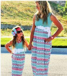 Wholesale Look Casual Girl - New Design Chevron Mother Daughter Dresses Girls Women Dress Matching Mother Daughter Clothes Mommy And Me Clothes Family Look Long Dresses