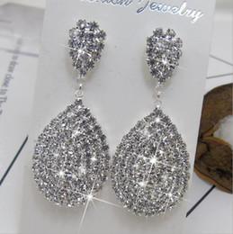 Canada Femmes Mode Brillant Plein Diamant Blanc Strass Goutte D'eau Dangle Mariage Mariée Boucle D'oreille Élégant Oreille Stud Bijoux cheap ear drops earrings diamonds Offre