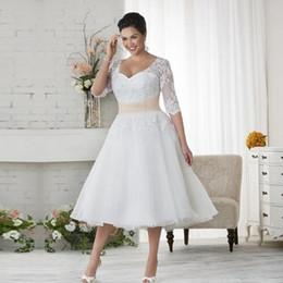 Wholesale Tea Length Formal Plus - 2016 Wedding Gowns 1 2 sleeve Plus Size lace Wedding Dresses Cheap Beach Chiffon Tea Length Plus Size White Ivory Formal Women Wear