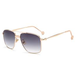 glatte brillen Rabatt Sonnenbrille Frauen Square Style Sonnenbrille Mens Brand Designer Brille Weibliche Brille Luxus Shades 17038