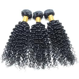 Afro kinky İnsan saç dokuma işlenmemiş bakire saç 3 Adet / grup Doğal Renk Boyalı Olabilir ve Ağartılmış ucuz saç uzantıları nereden