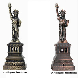 Wholesale Liberty Homes - The American Style Home Decor metal Crafts model The Statue Of Liberty Figurine Photography Props And Gifts souvenir 15cm