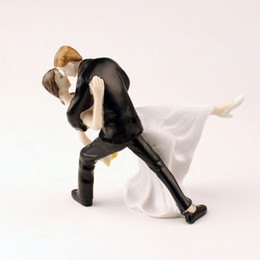 Wholesale Groom Bride For Cake - Tango Dancing Couple Figurine Bride and Groom Toppers Figurine Wedding Cake Stand For Wedding Decoration Supplies ZA1281