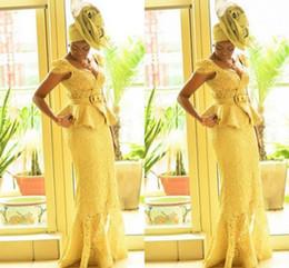 Vestidos de las mujeres nigerianas online-Aso Ebi estilo mujeres africanas vestidos de baile sirena de encaje amarillo estampados africanos trenzas vestidos de noche nigerianos moda de Ghana vestidos de baile