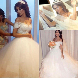 Wholesale Arabic Princess Style - Hot Sale Gothic 2016 New Collection Ball Gown Puffy Lace Vintage Arabic Style Amazing Elegance Wedding Bridal Dresses Orenda Wedding Gowns