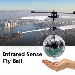 Wholesale Toy Remote Control Flying Ufo - New Easy Operation Vehicle Flying RC Flying Ball Infrared Sense Induction Mini Aircraft Flashing Light Remote Control UFO Toys for Kids