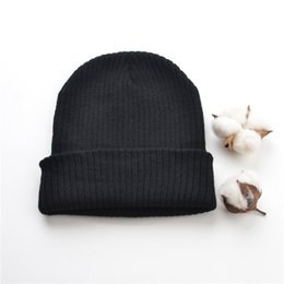 Wholesale Bobble Man - Unisex Solid Color Acrylic Knitted Hat Bobble Winter Hats Hip Hop For Women Men Outdoor Sport Beanie Cap Skull Ski Hat