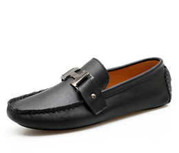 Wholesale Driver Shoes Men - Designer Mens Genuine Leather White Sapatilha Mens Casual Driving Loafers Brown Fashion Brand Slip On Driver Shoes For Men