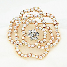 Wholesale Bridal Rose China - New Arrival Gold Plated High Quality Imitation Pearl Beads Rose Flower Wedding Bridal Bouquet Brooch Stunning Austria Crystals Lady Broach