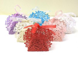 Wholesale Paper Butterfly Laser - 100pcs Laser Cut Hollow Butterfly Candy Box Chocolates Boxes With Ribbon For Wedding Party Baby Shower Favor Gift