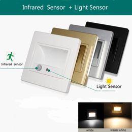 apliques de pared rústicos Rebajas Lámpara de luz de escalera led movimiento cuerpo humano sensor de inducción luz de pared 1.5W + Sensor de luz paso noche abajo escalera pasillo iluminación 100-240v