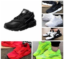 Wholesale Sports Shoes Wholesalers - 2017 air Huarache Running Shoes Big Kids Boys and girls Black White High Quality Sneakers Huaraches Jogging Sports Shoes Athletic Shoes Q563