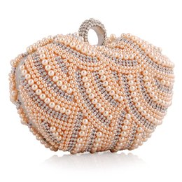 Wholesale European Hoops - lady party bags 16cm heart shape beaded women bags purses pearl clutch evening bags with chain