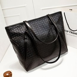 Wholesale Large Tote Patterns - KISSUN The new European and American retro fashion woven pattern of PU leather shoulder bag large capacity portable leisure tide female bag