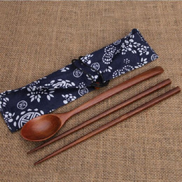 Wholesale wholesale chopstick sets - 100set 2pcs set Wood Chopsticks And Spoon With Pattern Bag Packaging Creative Personalized Wedding Favors Gifts Party Return Gift ZA0958