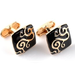 Wholesale jewelry paint gold - Gold Paint Plant Pattern Decorative Black Enamel Cufflinks Jewelry Mens Chrismas Gift Business Cuff Links For Gentlemen 8