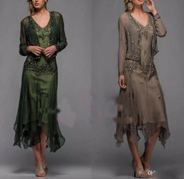 Wholesale Lace Beaded Chiffon Bolero - 2017 Tea Length Mother of The Bride Dresses with Appliques and Beaded V Neck A Line Mother Dresses with Free Bolero 25397