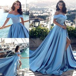 marcas americanas vestidos de noite Desconto 2017 Elegante Azul Claro Fora Dos Os Ombros Frente Dividir Vestido de Noite Moderna Formal Árabe Festa Formal Do Vestido