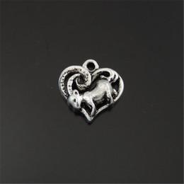 39656 Antique Silver Alloy Screwdriver Shape Pendants Charms Jewellery 40Pcs