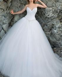 vestidos de decote profundo sweetheart Desconto Strapless decote profundo decote rendas top branco tule vestidos de baile vestido de casamento da praia beading cintura princesa vestido de noiva