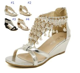 Wholesale Bride Low Heel Shoes - 2017 New Silver Gold Wedding Bride Shoes Bohemian Shiny Beaded Sandals Shoes sexy women low-heeled wedge sandals