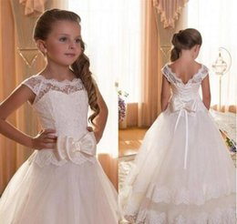 Wholesale Beautiful Birthday Dresses For Toddlers - Beautiful White Flower Girl Dresses For Weddding Tulle Appliques Bows Ball Gown Children Toddler Floor Length Baby Child Communion Dresses