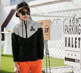 Wholesale Reflective Raincoats - Palace Jacket Men 3M Reflective Palace Skateboards Triangle Outdoor Sports Windproof Raincoat Raincoat Outerwear coat