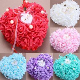 2019 favores de la rosa azul Blanco Rosa Rojo Púrpura Azul Crystal Pearl Crystal Organza Satén Lace Bearer Ring Almohada Flor Rose Almohadas nupcial con cuentas Wedding Favors Box favores de la rosa azul baratos