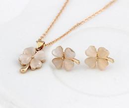 Pingente de pingente de opala on-line-Luxo Real Opala Clover pingente de colar e brincos conjuntos de jóias de flores puro gem Lady conjunto de jóias