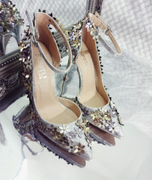 Wholesale Gold Shoes For Women - 2016 Sparkly Gold Sequined Dance Shoes Beaded High Heels With Buckle Strap Stiletto Heel For Women Flowers Appliqued Wedding Bridal Shoes