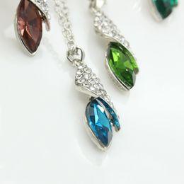 7036e28decd4 Desert Star colgante Swarovski Elements cristal collar Austria cristal  plateado gota colgantes siete colores para elegir económico elementos de  cristal ...