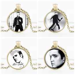 Wholesale Silver Picture Pendants - Vintage Elvis Presley Picture Pendant Necklace The King of Rock Art Jewelry Gift Elvis Presley Necklaces