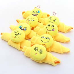 Wholesale Clean Coral - Emoji Dishcloth Water Uptake Smiling Face Rag Cartoon Coral Velvet Hand Towel For Home Kitchen Clean Tool Yellow 6zt C R
