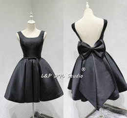 Wholesale Big Ivory Satin Bow - Sexy Summer Black Party Dress Backless Big Bow Satin Prom Dress Knee Length Evening Gowns vestidos festa cheap custom made plus size