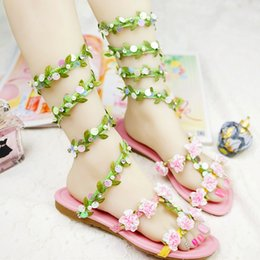 Wholesale Dance Shoes Sandals - 2016 Summer Wedding Sandals Green Leaf and Glitter Sneak Style Women Sandals Flat Heel Beach Shoes Dance Performance Party Shoes