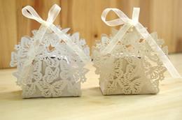 Cadeaux uniques de papillon en Ligne-100 Pcs Creuser Papillon Bonbons Boîte De Noce Faveur De Chocolat Cadeau Blanc Coffrets Cadeaux Unique et Beau Design Nouveau