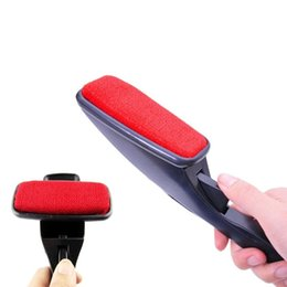 Wholesale Hot Clothes Stores - James Product Store Hot New Static Brush Clothes Magic Lint Dust Brush Pet Hair Remover Clothing Cloth Dry Cleaning with Rotatable Brush