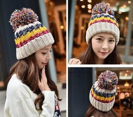 Wholesale Two Tone Women Hats - High quality fashionable two tone winter women knitted hat with big pom pom warm beanies fleece inside six colors wholesale