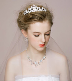 Wholesale Dress Imperial - Wedding Hair Accessories Elegant Imperial Crown Necklace Earring Three Item Set Wedding Dress With Jewelry