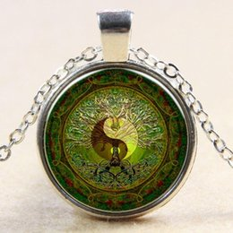 Wholesale Yin Yang Pendants - Green mandala time gem of yin and yang pendant necklace silver necklace for Europe new Y004