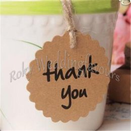 Wholesale Wholesale Thank Cards Wedding - Free Shipping 50PCS Wedding Brown Kraft Paper Tags Scalloped Circle Thank You Tags Bonbonniere Favour Gift Tags Cards With Twines