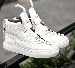 Wholesale Korean Style Drop Shipping - Designer Men Shoes High Top Sneakers Fashion England Style Korean Skateboard Shoes Men's Casual Shoes High Quality Dress Shoes Drop Ship